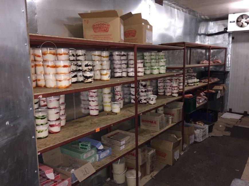 В Мариуполе обнаружили склад с поддельной молочной продукцией и детским питанием (ФОТО), фото-3