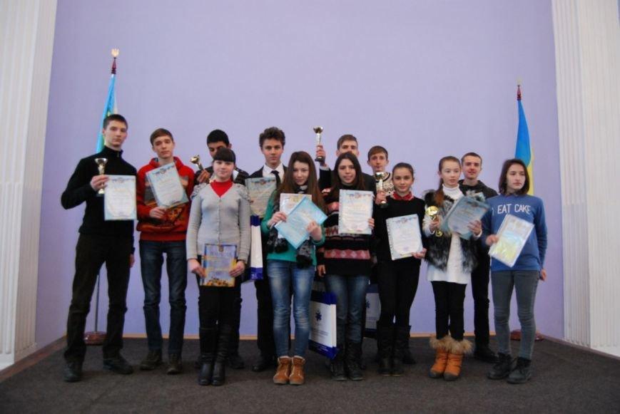 Одесские школьники поразили ученых на Всеукраинском конкурсе (ФОТО) (фото) - фото 1