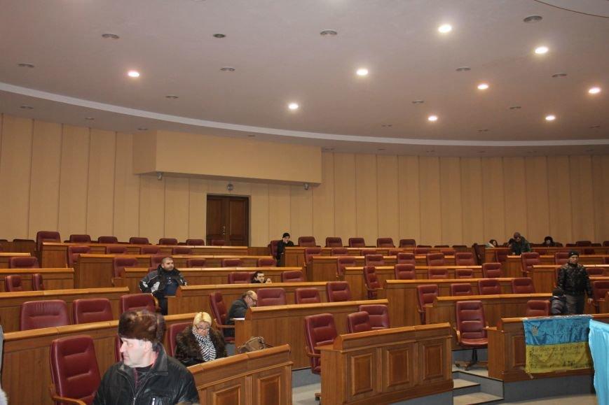 В сессионном зале Криворожского горисполкома продолжается акция протеста  (ФОТО), фото-6