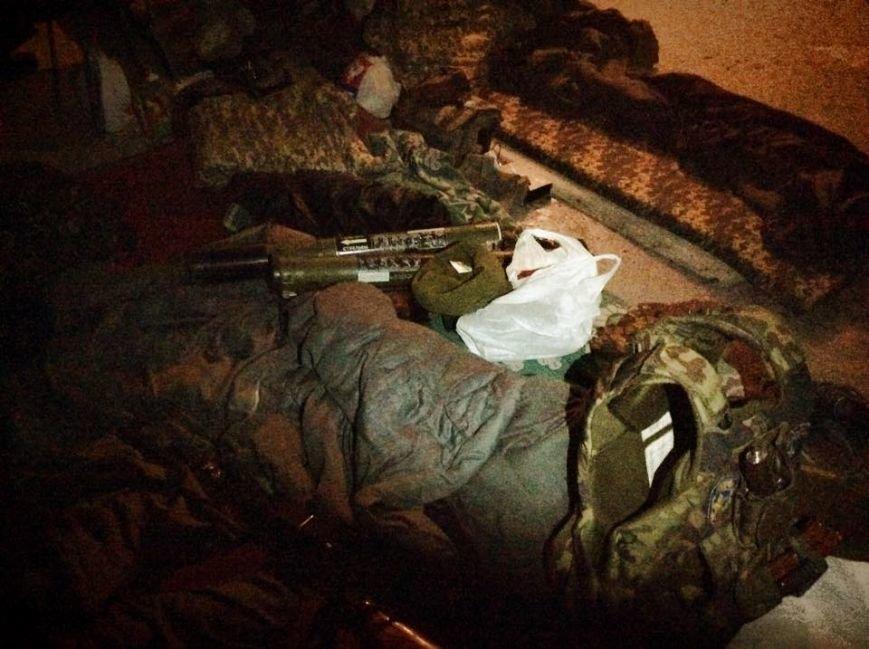 Бойцы  «Днепр-1» третий день находятся под обстрелом в Чермалыке (ФОТО), фото-1