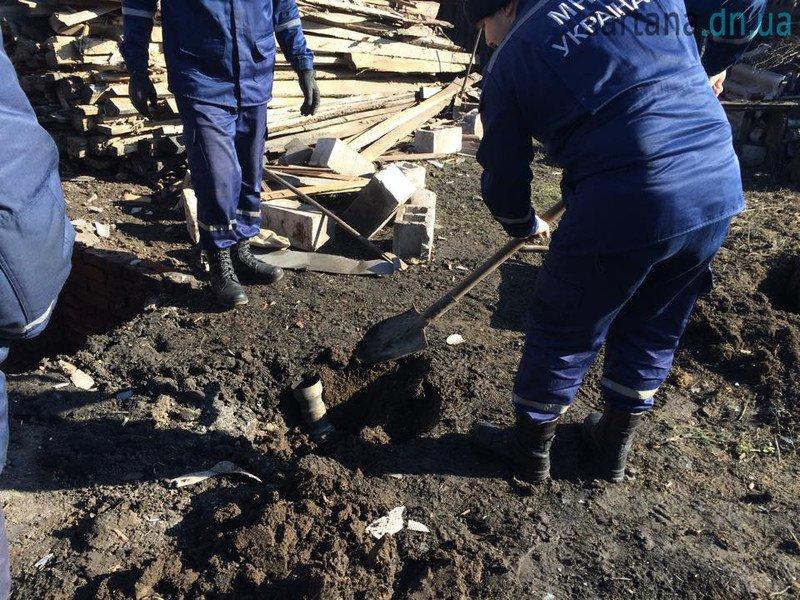 В Мариуполе террористы обстреляли Сартану. Повреждены 3 дома, погиб мужчина (ФОТО, ДОПОЛНЕНО), фото-3