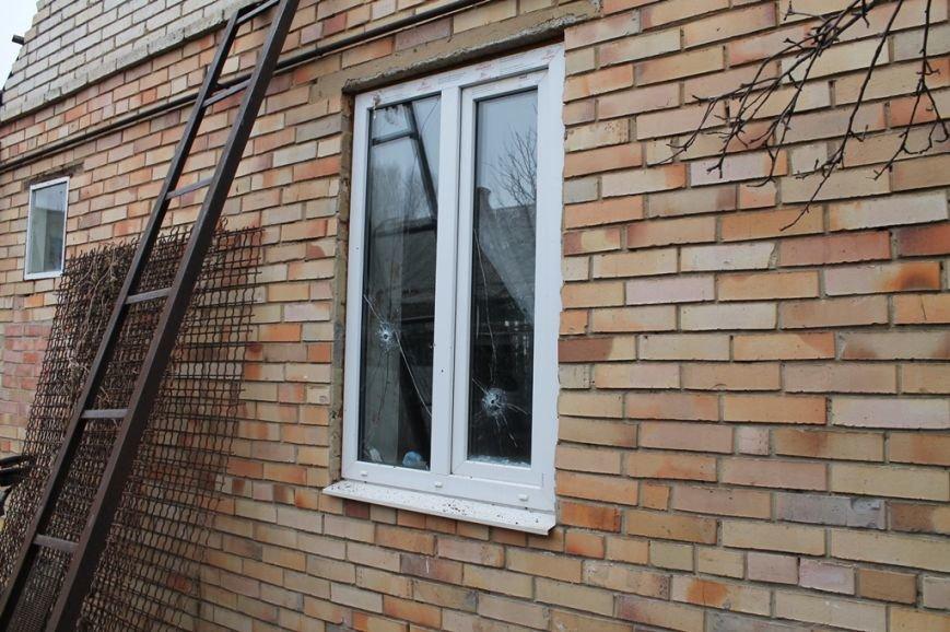 Жители микрорайона «Забахмутка» Артемовска приходят в себя после вчерашнего обстрела, фото-7