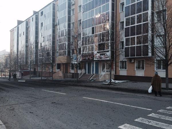 В центре Донецка рвутся снаряды - есть пострадавшие (ФОТО) (фото) - фото 2