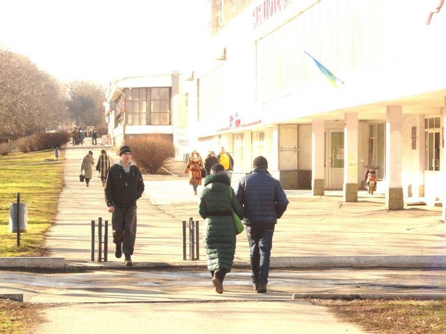 Мариуполь. День святого Валентина под разрывы снарядов (ФОТОПРОЕКТ) (фото) - фото 4