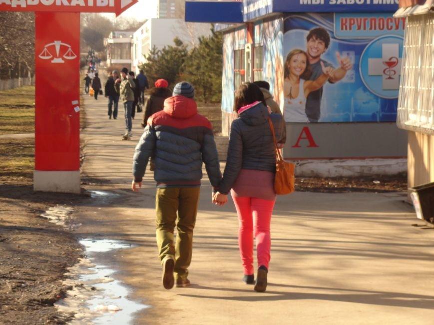 Мариуполь. День святого Валентина под разрывы снарядов (ФОТОПРОЕКТ) (фото) - фото 8