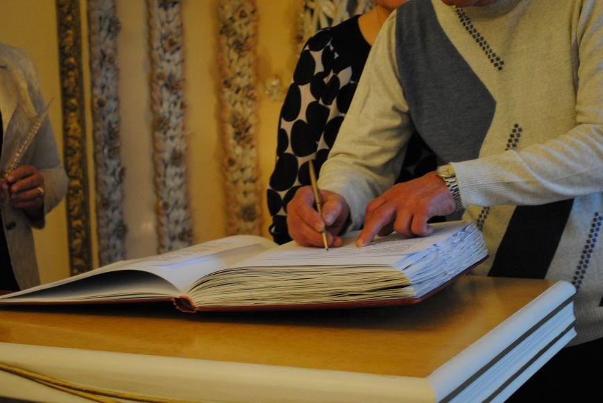 В Харькове супружеские пары, которые прожили более сорока лет вместе, вновь пошли под венец (ФОТО+ВИДЕО), фото-6