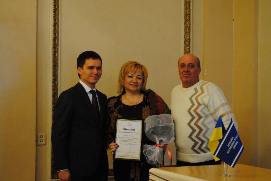 В Харькове супружеские пары, которые прожили более сорока лет вместе, вновь пошли под венец (ФОТО+ВИДЕО), фото-8