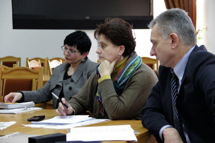 Хто він, сумлінний платник податків у Закарпатській області? (ФОТО) (фото) - фото 4