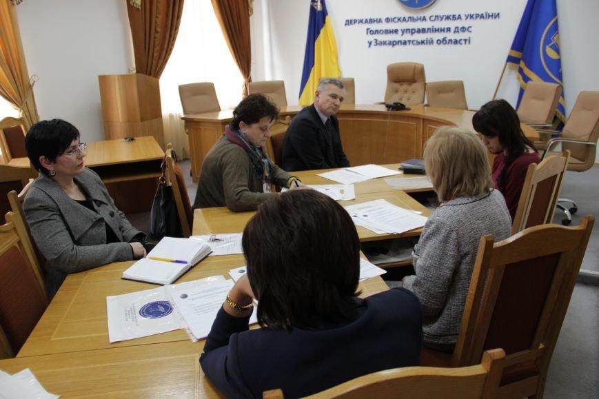 Хто він, сумлінний платник податків у Закарпатській області? (ФОТО) (фото) - фото 5