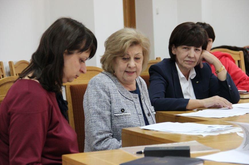 Хто він, сумлінний платник податків у Закарпатській області? (ФОТО) (фото) - фото 2