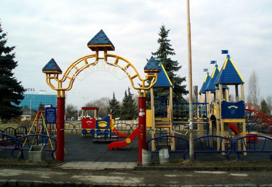 Стан дитячих майданчиків в Ужгороді (ФОТО) (фото) - фото 1