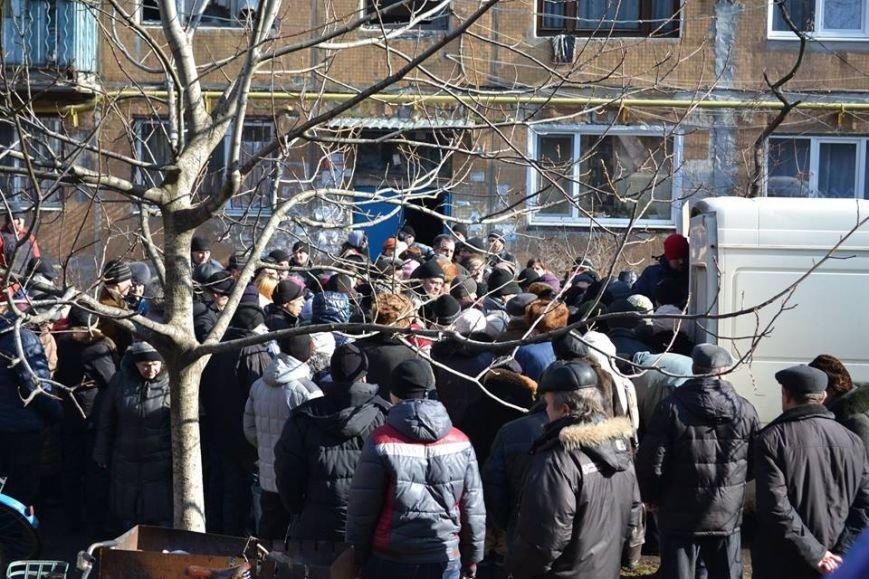 Волонтеры доставили в Авдеевку еще 250 наборов от чешской организации «Человек в беде» (фото), фото-1