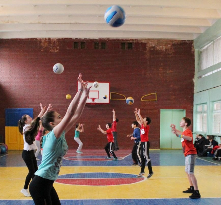 В школе № 40 Днепродзержинска состоялись соревнования «Спортивная пара», фото-2