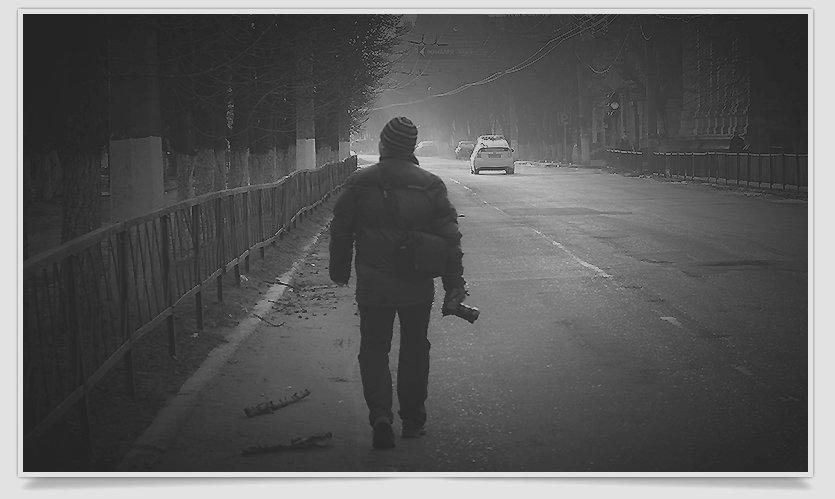 В Славянске люди почтили память жертв обстрела в Краматорске (фото) - фото 4