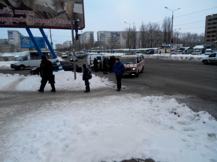 В Сумах на Прокофьева лоб в лоб врезались 2 иномарки (ФОТО) (фото) - фото 1
