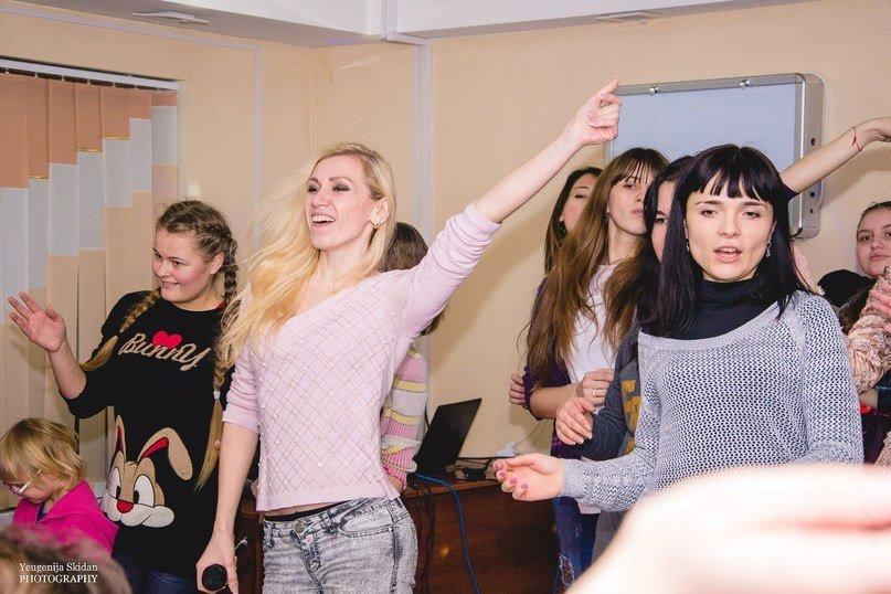 В Запорожье волонтеры развлекали болеющих детей в честь Дня Влюбленных (ФОТО) (фото) - фото 3