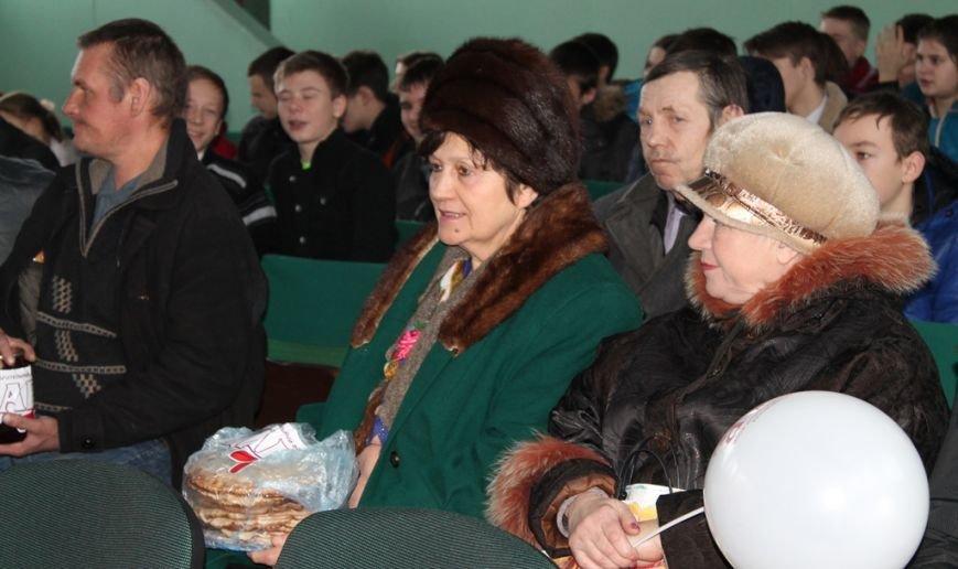 Масленица идет: В Артемовске переселенцев порадовали блинами, фото-6