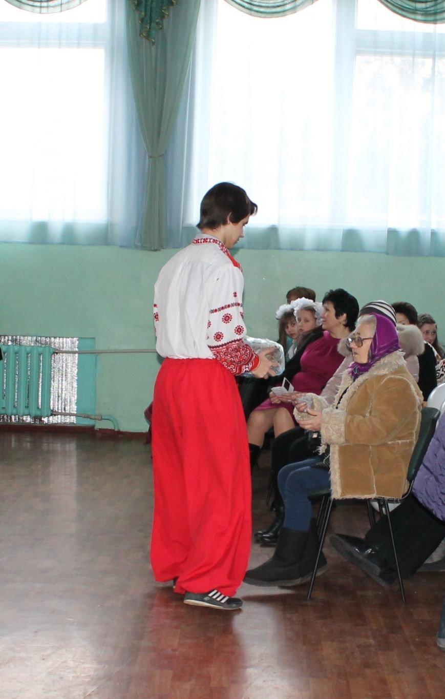 Масленица идет: В Артемовске переселенцев порадовали блинами, фото-7