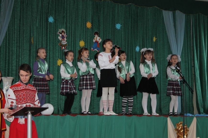 Масленица идет: В Артемовске переселенцев порадовали блинами, фото-3