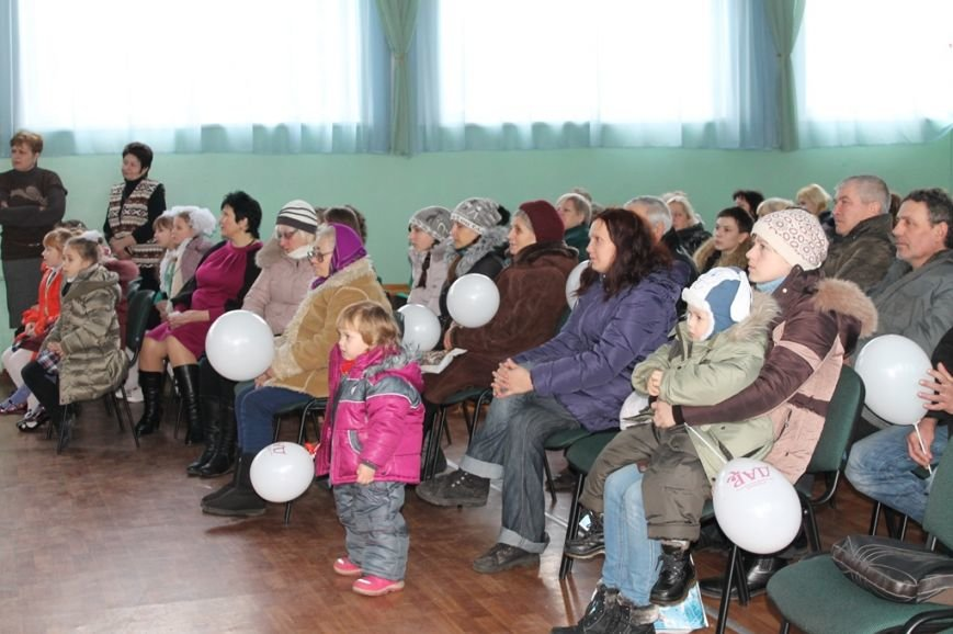 Масленица идет: В Артемовске переселенцев порадовали блинами, фото-8