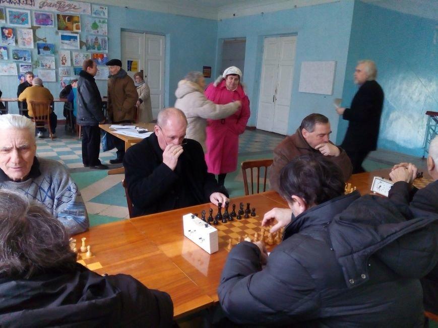Пенсионеры_шахматы_шашки_2