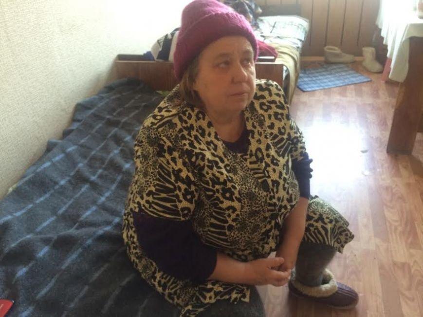В Мариуполе пожилые жители Широкино обживаются на новом месте(ФОТО) (фото) - фото 1