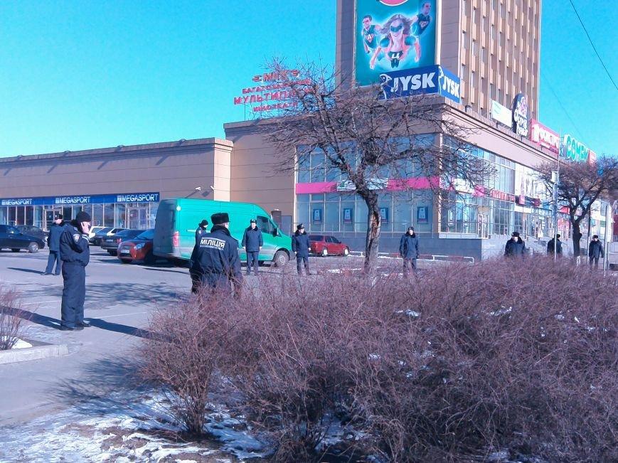 У Житомирі людей евакуювали із ТРЦ «Глобал» (ФОТО), фото-1