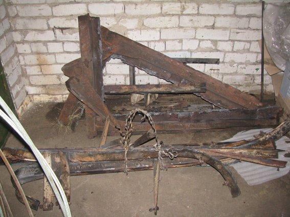 Сотрудники предприятия были задержаны во время кражи металла с места работы (ФОТО) (фото) - фото 1