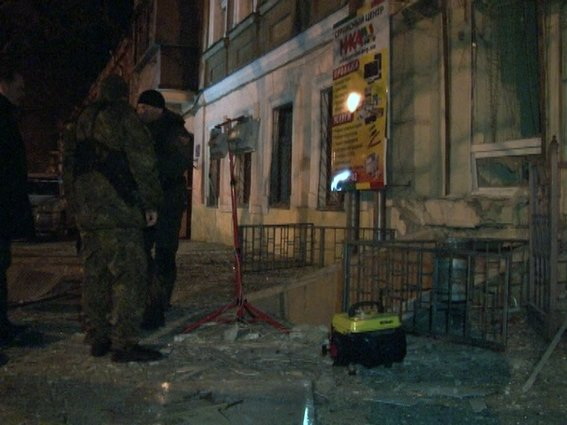 Взрыв в Одессе милиция квалифицировала как теракт (ФОТО) (фото) - фото 1