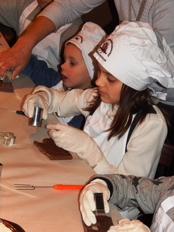 Спонтанний прояв доброти: у Львові влаштували солодкий майстер-клас для малюків, чиї батьки служать в АТО (ФОТОРЕПОРТАЖ), фото-6
