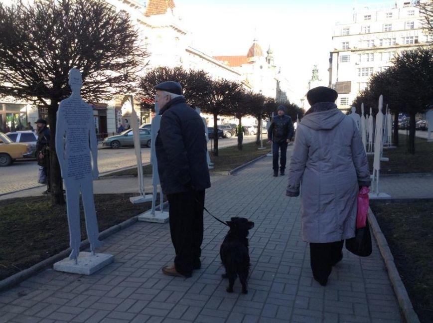 У центрі Львова «невидимі» розповіли про свою важку долю у рабстві (ФОТОРЕПОРТАЖ), фото-6