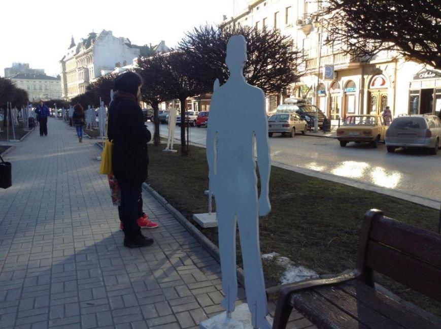 У центрі Львова «невидимі» розповіли про свою важку долю у рабстві (ФОТОРЕПОРТАЖ), фото-3