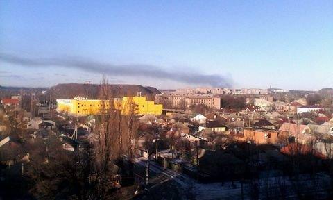 Дым от горящего магистрального газопровода у Углегорской ТЭС виден даже из Горловки (фото) - фото 1