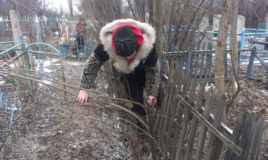 За насилие в семье и неуплату алиментов жители Димитрова и Красноармейска «отрабатывают» на общественных работах (фото) - фото 2