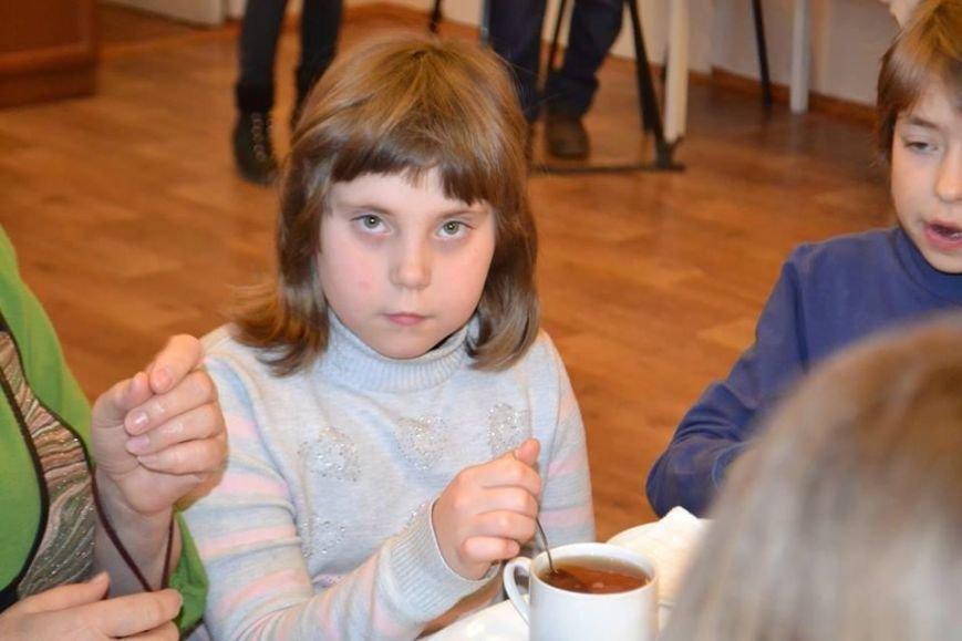 А была ли девочка? В Мариуполь эвакуировали ребенка из Широкино вместе со страшной историей (ФОТО), фото-1