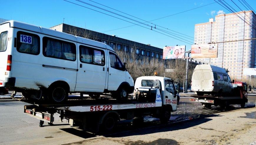 В Волгограде состоялся очередной рейд по состоянию маршруток (фото) - фото 2
