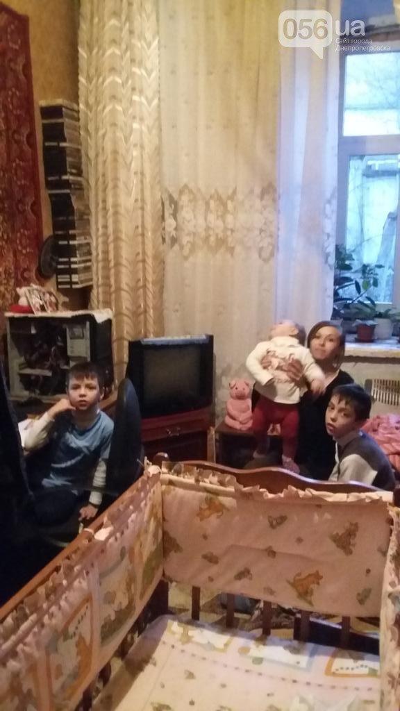 Семья плененного в Донецке киборга Руслана Коношенко живет в нищете в Каменец-Подольском (ФОТО) (фото) - фото 2