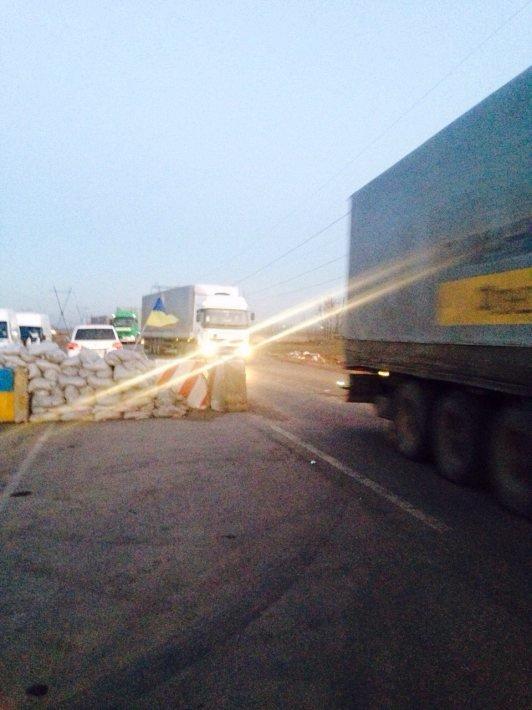 Гуманитарную помощь ни от Ахметова, ни от ООН не пускают в Донецк (Фото) (фото) - фото 2