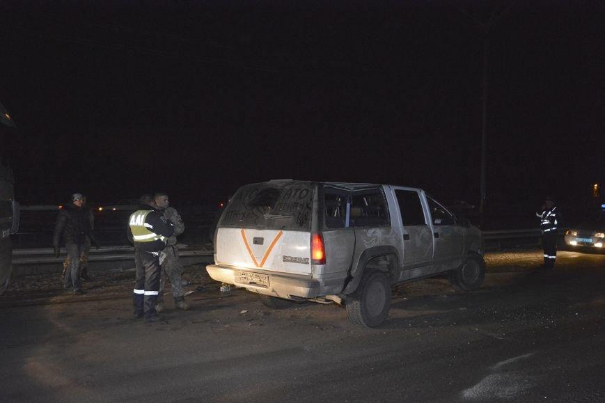 В Днепродзержинске на Новом мосту произошло очередное ДТП с участием военных (фото) - фото 2