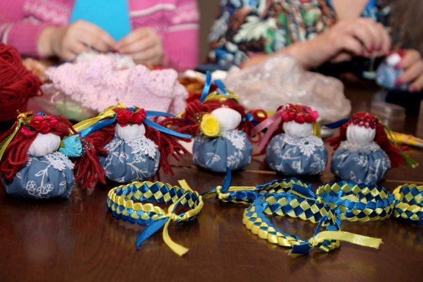 Співробітники НУВГП допоможуть виготовити hand-made речі для благодійного ярмарку (фото) - фото 1