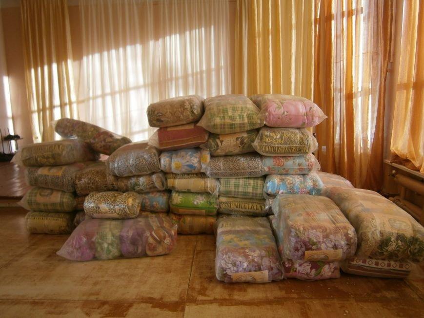 Димитров получил 10 тонн гуманитарной помощи для переселенцев (ФОТОРЕПОРТАЖ) (фото) - фото 9