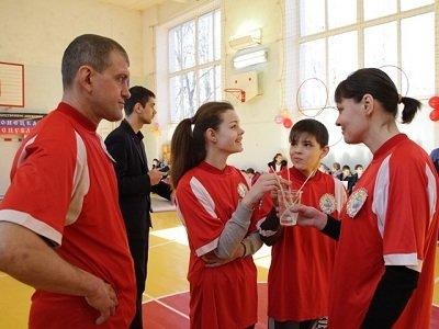 В Макеевке прошел спортивный праздник (фото) - фото 1