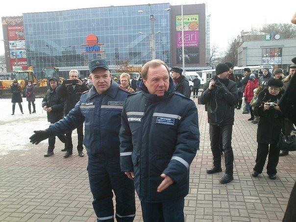 Днепродзержинск демонстрирует возможности по ликвидации чрезвычайных ситуаций (фото) - фото 8