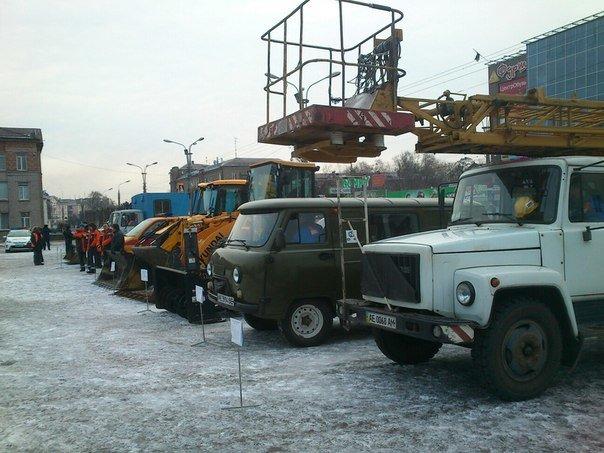 Днепродзержинск демонстрирует возможности по ликвидации чрезвычайных ситуаций (фото) - фото 4