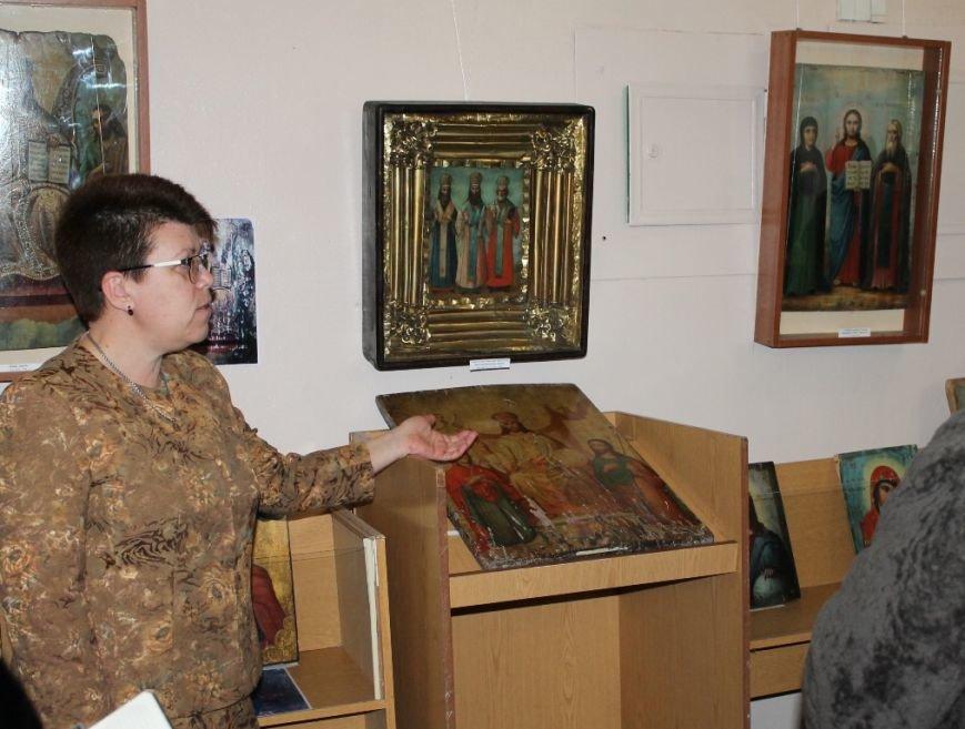 В Артемовске презентовали выставку уникальных икон 18-19 века, фото-5