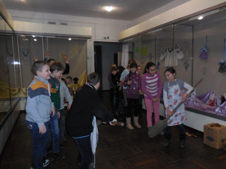 В Красноармейском историческом музее детям рассказали о Масленице (фото) - фото 2