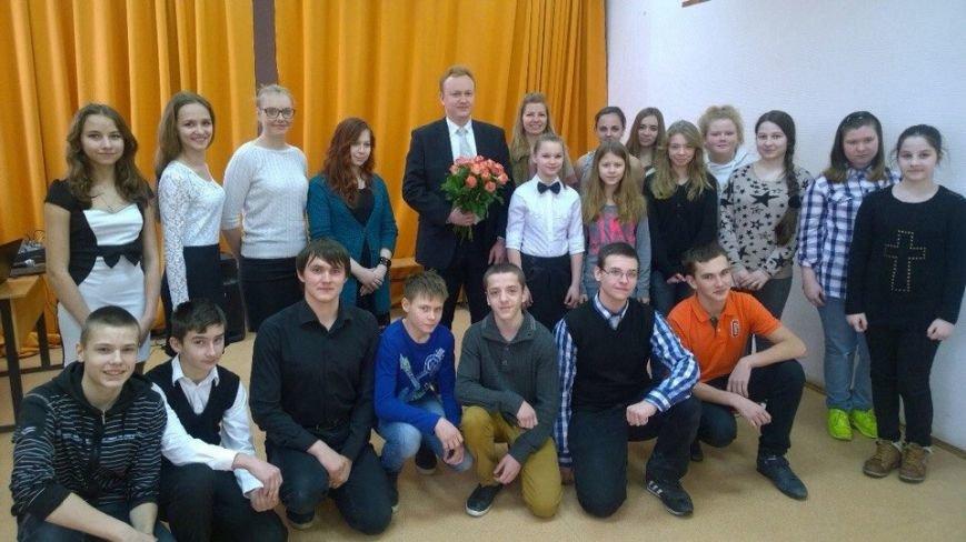В МЦТТ «Интеграл» прошла встреча молодёжи с Горбач А.П., членом домодедовского «боевого Братства» (фото) - фото 1