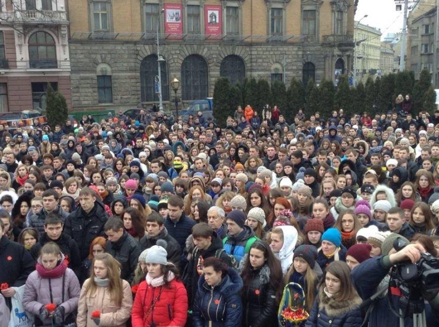 У Львові вшанували пам'ять Героїв Небесної Сотні (ФОТО+ВІДЕО), фото-6