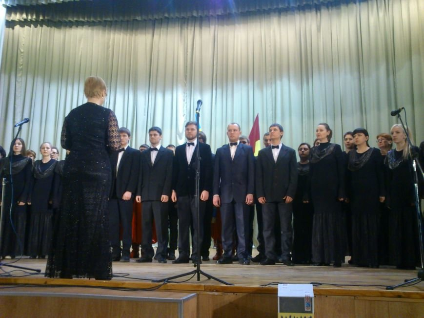 В Днепродзержинске состоялся благотворительный концерт «А рядом война», фото-7