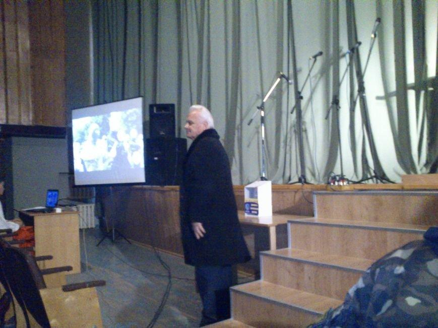 В Днепродзержинске состоялся благотворительный концерт «А рядом война», фото-5